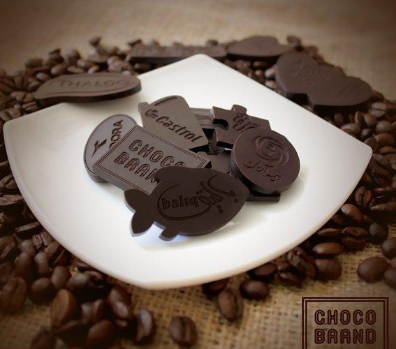تبلیغات با شکلات