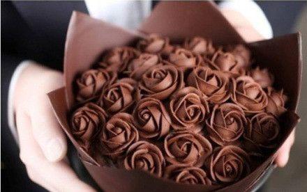 تزیین شکلات برای هدیه دادن