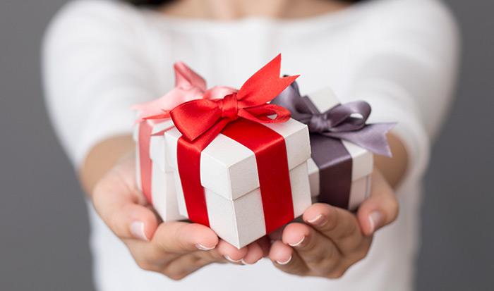 اصول هدیه دادن و هدیه گرفتن