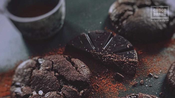 چه مقدار کافئین در شکلات وجود دارد